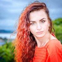 Желаю каждому встретить такие глаза, взглянув в которые, вы увидите счастье... :: Наталья Александрова