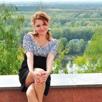 На фоне пейзажа :: Сергей Тагиров
