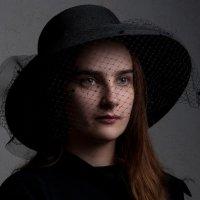 Как день, светла, но непонятна, Вся - явь, но - как обрывок сна... :: Ирина Шуба
