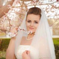 Невеста в саду :: Niko studio