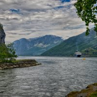 Норвежский пейзаж :: Valeriy(Валерий) Сергиенко