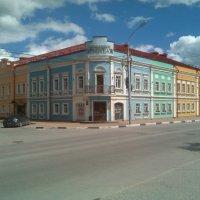 Цветной дом на Скоморишинской. :: Tarka