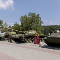 Танки в городе :: Александр Ширяев