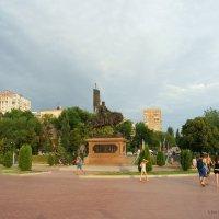 Город Самара. Памятник воеводе. :: nika555nika Ирина