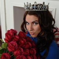 Розы для королевы :: Вероника Зеленцова