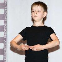 Руки...#3 :: Олег Неугодников
