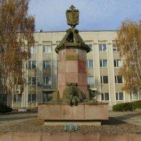 Памятник  в  честь  основания  Городенки :: Андрей  Васильевич Коляскин