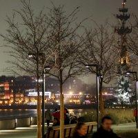 фрагмент вечернего города :: Олег Лукьянов