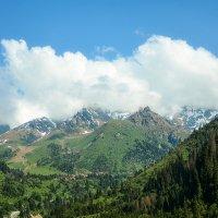 Алматинские горы :: Горный турист Иван Иванов