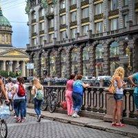 На набережной канала Грибоедова :: Юрий Тихонов