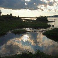 Вечерняя рыбалка... :: Александр Попов