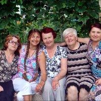 Соседушки из моего подъезда :: Нина Корешкова