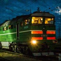 Ночь в Серове :: Дмитрий Костоусов