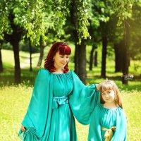 Фотопрогулка с мамой и дочкой :: Светлана Белкина