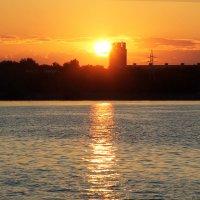 Закат в Запорожье) :: Лилия Масло