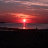 красивый закат и пары влюбленных :: ОЛЕГ Корроль