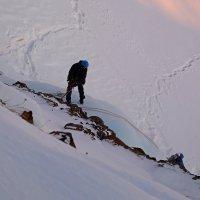 """Тренировка на льду в ущелье """"Заячий ручей"""" :: Сергей Карцев"""