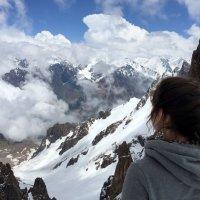 Счастье не за горами - оно где-то здесь! :: Anna Gornostayeva