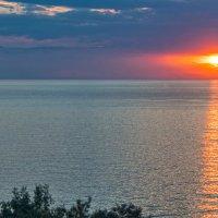 Море, закат, суда... :: Игорь Кузьмин