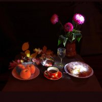 Натюрморт с шарлоткой и персиками :: Дубовцев Евгений