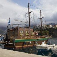 Прогулочное судно Santa Maria :: Helga Preiman