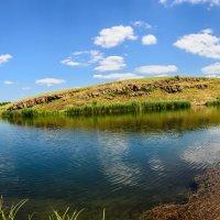 У чистого озера :: Юрий Шапошник