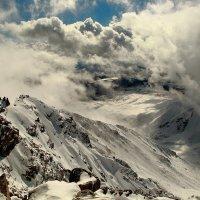 На вершине Мунку-Сардык - высшей точки Восточного Саяна :: Владимир Кузьмищев