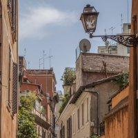 Узкие улочки Рима :: Дмитрий