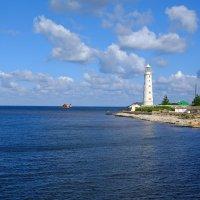Тарханкутский маяк. :: владимир Баранов