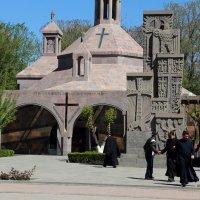армянские монахи. :: Лидия кутузова