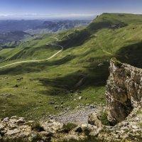 Взгляд на перевал ... :: Владимир КРИВЕНКО