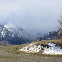 Туман и дождь на перевале(смотровая площадка) :: Елена ))
