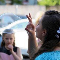 """""""... надуватели мыльных пузырей ..."""" =) :: Дмитрий Иншин"""