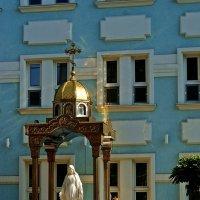 часовня у Храма в честь иконы Божией Матери Всех скорбящих Радость :: Александр Корчемный