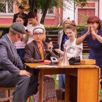 Уличный театр. Кемерово, июль :: Edward Metlinov
