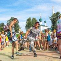 Танец - объединяет нации... :: Владимир Голиков