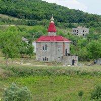 Церковь в горах :: Вера Щукина