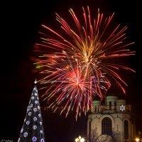 Новогодний салют в Калининграде :: Виталий Старков