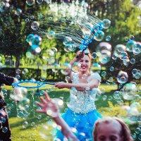 Шоу мыльных пузырей :: Валерия Задкова