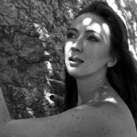 Girl in the shadow :: Olga Payne