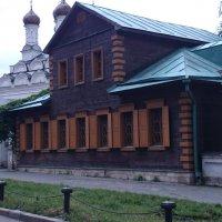 Прицерковный дом :: Galina194701