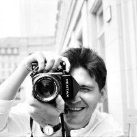А это я с Пентаксом, горизонт валю! :: Владислав Каверзнев