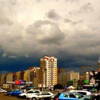 город в ожидании дождя :: Александр Прокудин