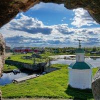 Из окна Соловецкого монастыря :: Валентина Папилова