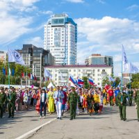 Парад дружбы народов :: Андрей Мартынюк