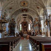 Деревенская церковь ... :: Владимир Икомацких