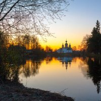 Закат над Олонкой :: Владимир Миронов