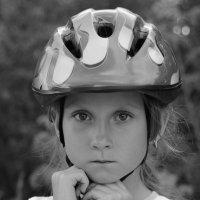 юная велосипедистка :: Юрий Ивукин