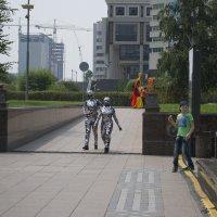 Инопланетяне в городе :: Anita Lee