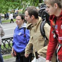 Туристы :: Николай Сапегин